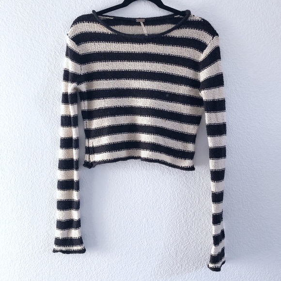 Free People Sweaters - Free People | knitted crop sweater